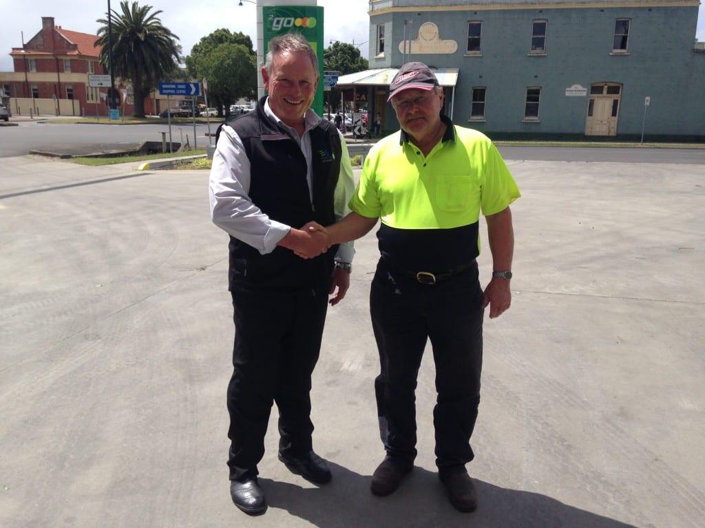 Rod wins online with Evans Petroleum